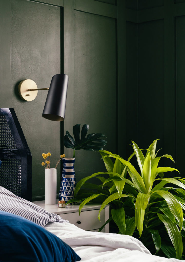 Bedroom with plants